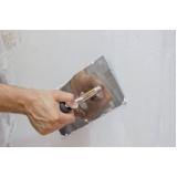 material para aplicação do gesso na construção civil